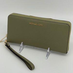 Michael Kors Continental Wallet Wristlet